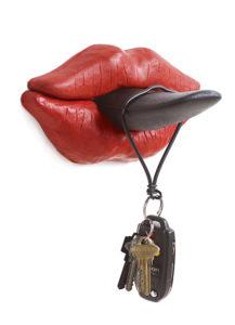 Tongue Hook, di D'urbino, Lomazzi, De Pas & Design Memorabilia.